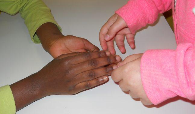 mani bambino