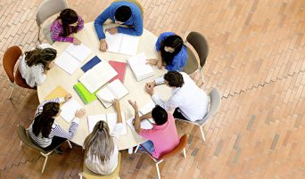 tavolo-studenti