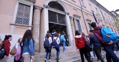 studenti-entrata-scuola