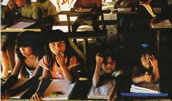 scuolaritaglio-sfondo-capanna