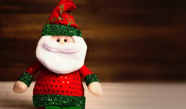 Come Dire Che Babbo Natale Non Esiste.Babbo Natale Non Esiste Maestra Licenziata In Tronco Per Averlo